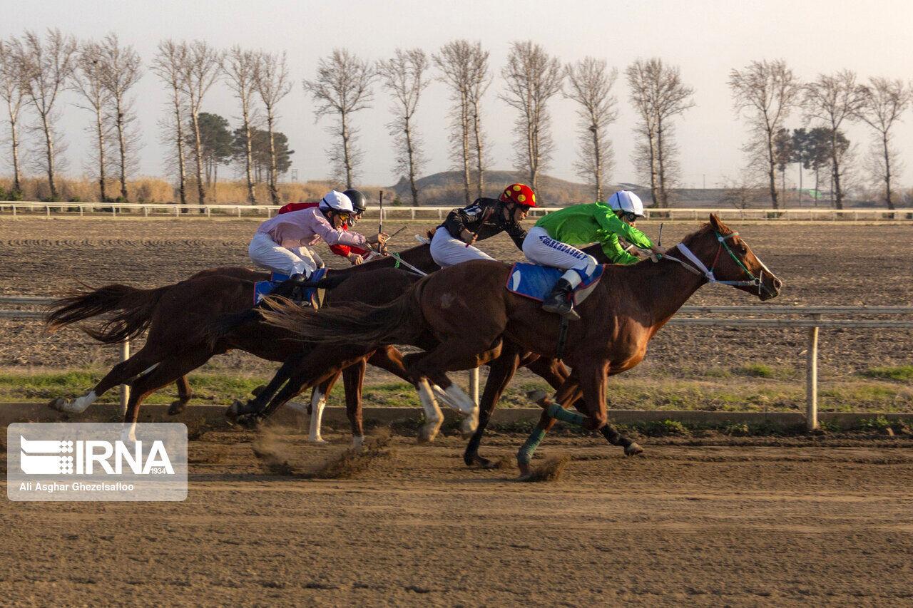 سوارکار خراسان شمالی در مسابقات کورس گنبد خوش درخشید,خراسان شمالی+بجنورد+اسب سواری+سوارکار+اکبرزاده+قهرمانی