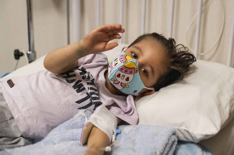 شیوع بالای کرونا دلتا در بین کودکان/ خانواده ها در مقابله با علائم سرماخوردگی کودک به مراکز درمانی مراجعه کنند,