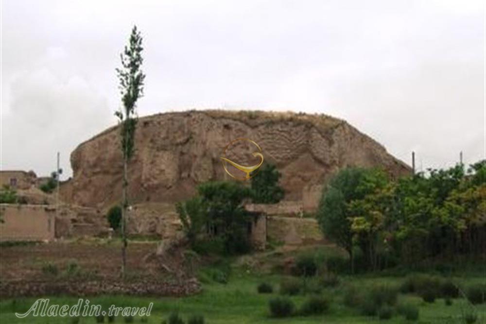 آغاز عملیات مرمت بنای حمام تاریخی قلعه خان ,