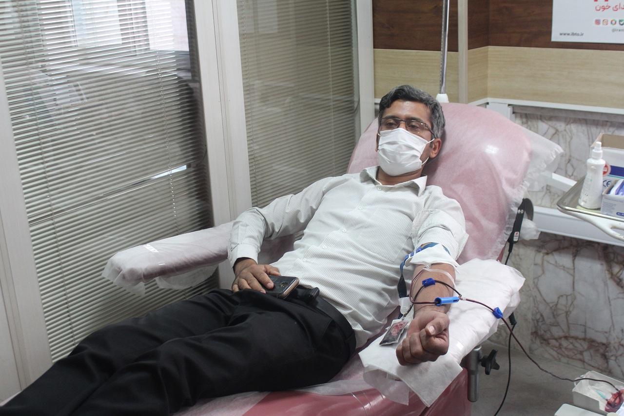 اهدای خون به مناسبت هفته دولت,خراسان شمالی+بجنورد+بسیج اصناف+هفته دولت+اهدای خون+انتقال خون