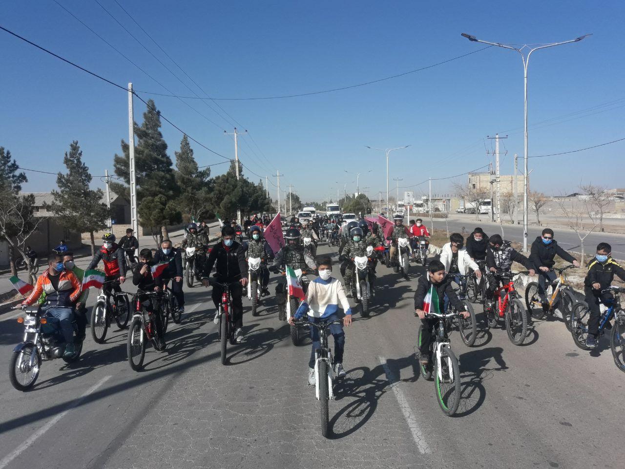 مردم جاجرم  پیروزی انقلاب اسلامی را جشن گرفتند,