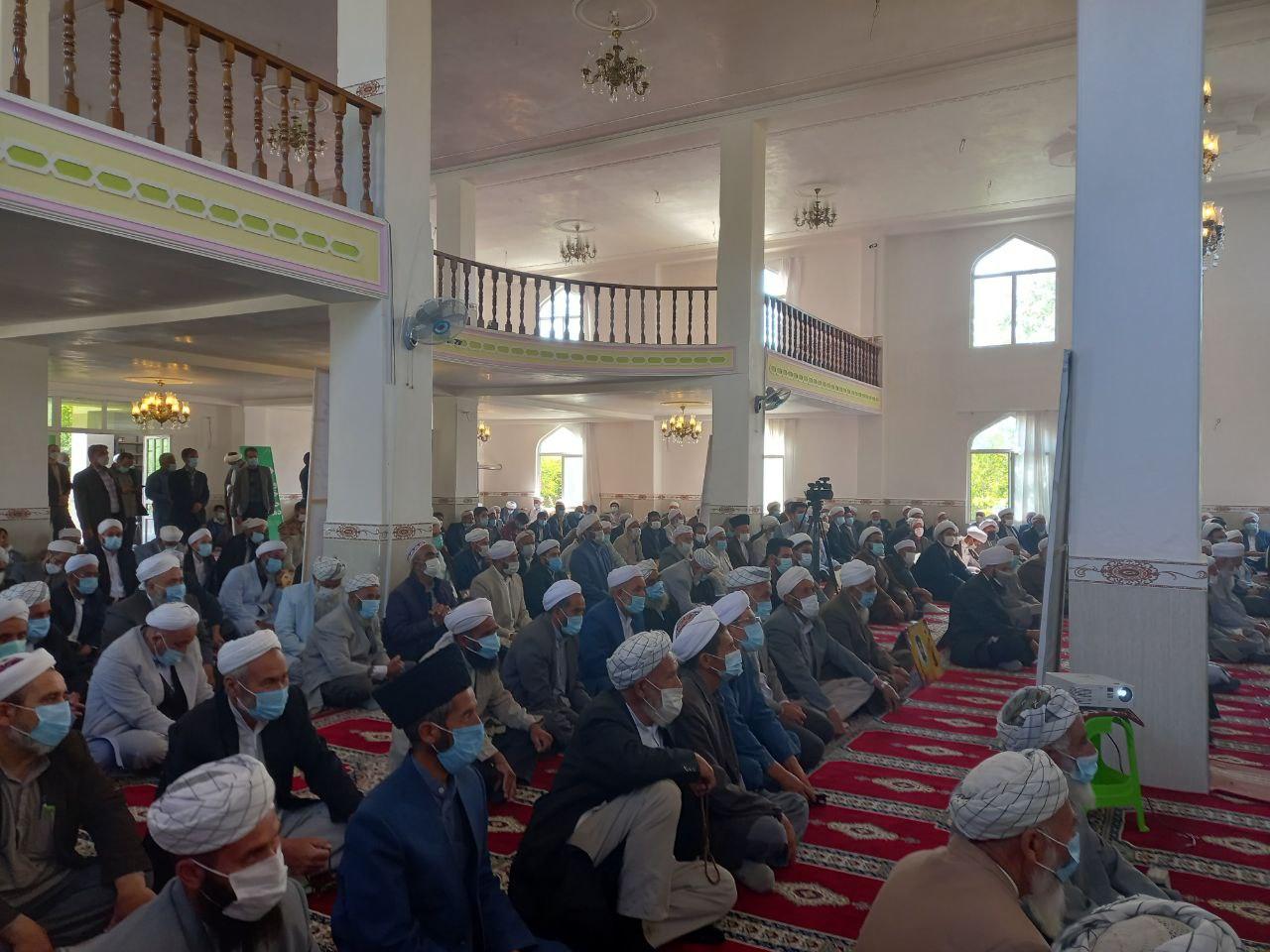 همایش گرامیداشت هفته وحدت با حضور علمای شیعه و سنی در شهرستان راز و جرگلان
