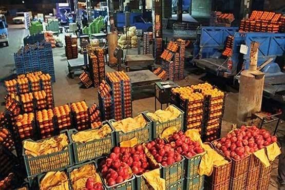 جای خالی بازار میوه و تره بار در فاروج/اضافه شدن سود 15 تا 30 درصدی به قیمت میوه ها