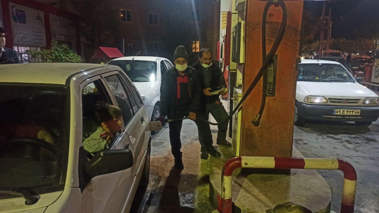 فعالیت دوباره جایگاههای سوخت در خراسان شمالی/ اخبار منتشر شده از گرانی بنزین کذب است