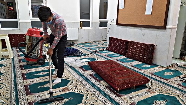 غبار روبی مساجد در آستانه ماه رمضان|2838407
