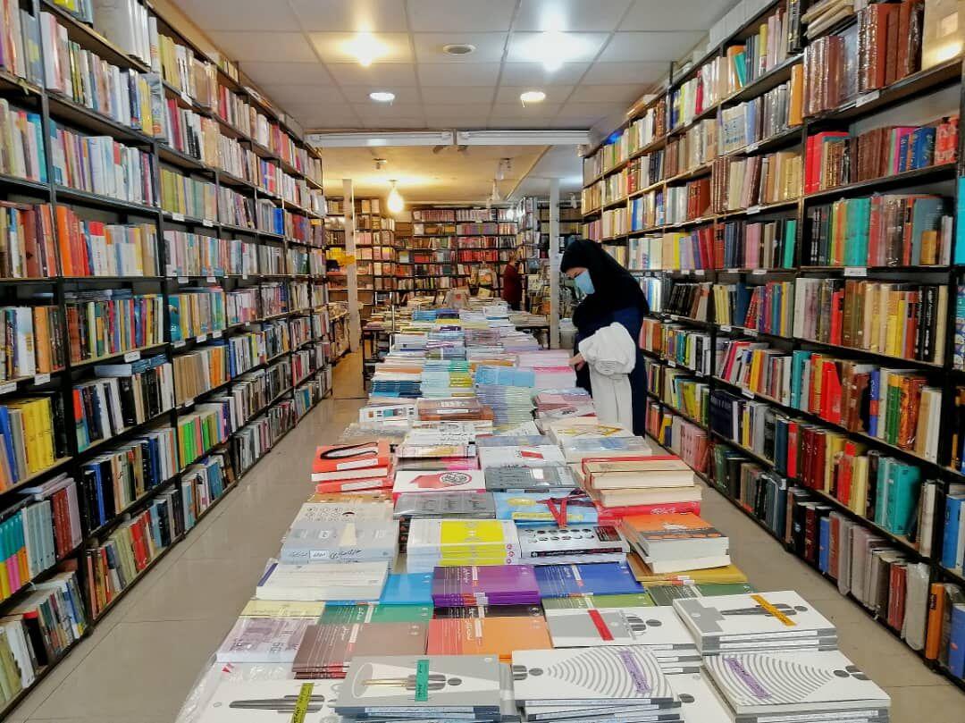 اجرای طرح های فصلی فروش کتاب در ایام کرونا در راستای حمایت از صنعت نشر ,