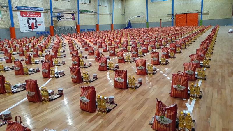 توزیع 11 هزار بسته معیشتی از ابتدای بحران کرونا/ تولید روزانه 6 هزار ماسک در شهرستان