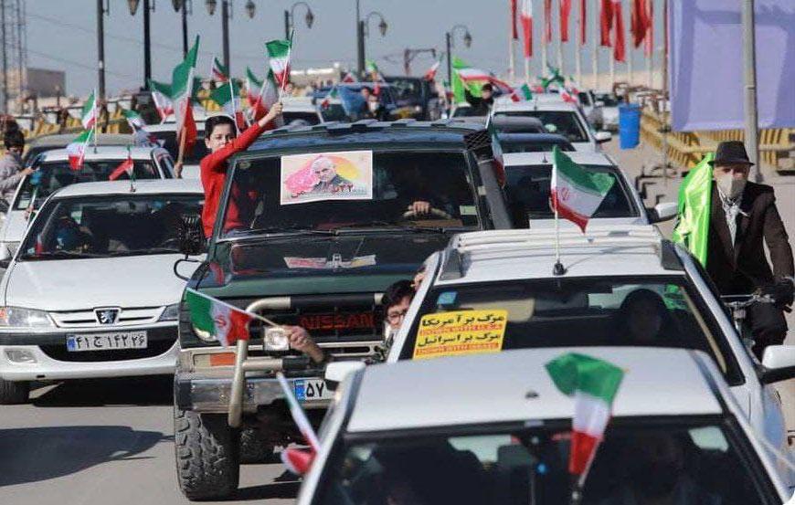 حاشیه نگاری عصراترک از راهپیمایی خودرویی 22 بهمن در بجنورد + تصاویر
